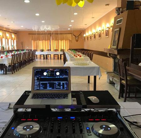 DJ VIDY IN DJ ROBBY J.