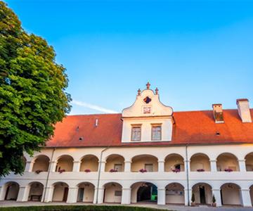 dvorec rakičan poroka