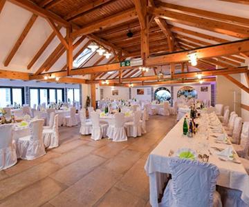 poroka v gostilni pugelj