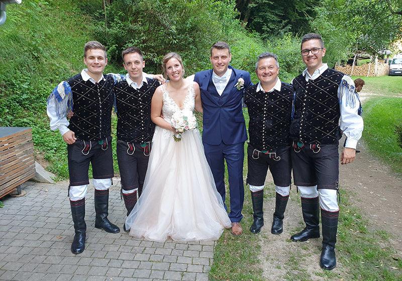 glasbena skupina za poroko