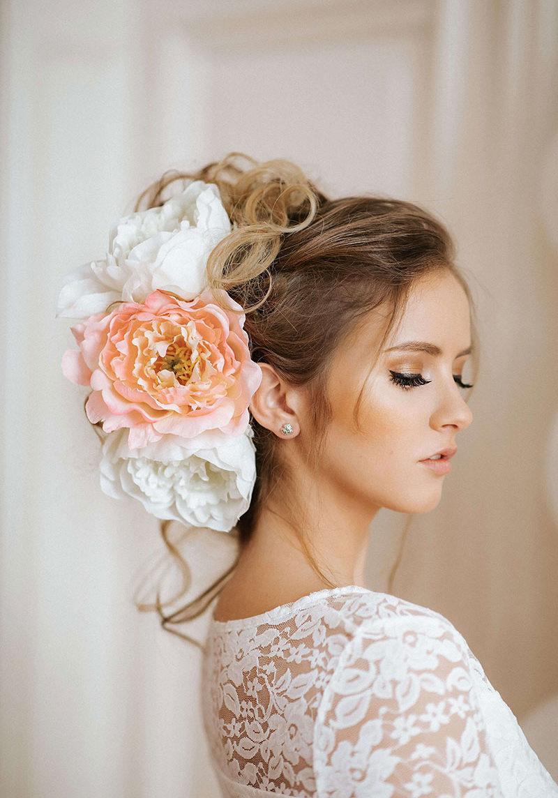 poročna frizura lassana