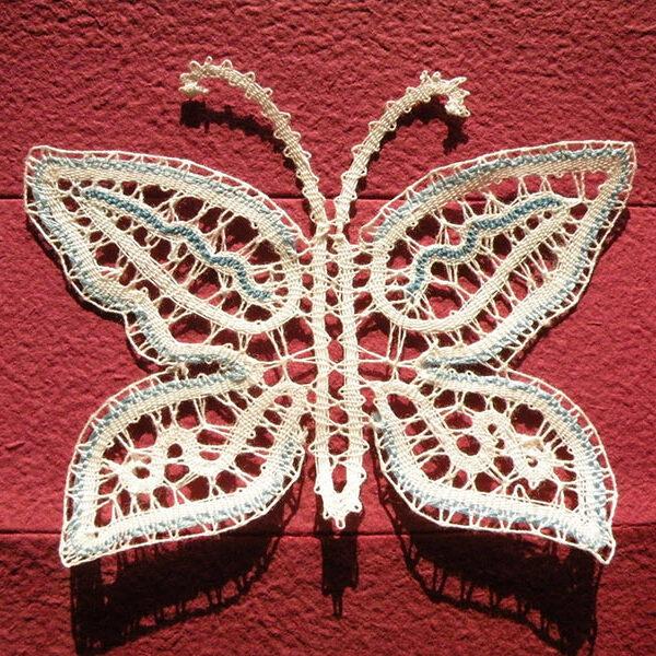 izpust metuljev na poroki