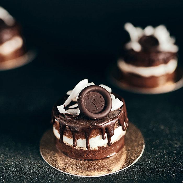 poročna torta yauya sweet studio